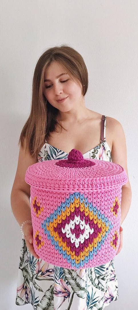 35-amazing-crochet-baskets-for-free-ideas-2019